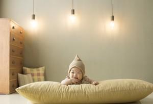 Когда ребенку спать на подушке?  Рекомендации и предостережения