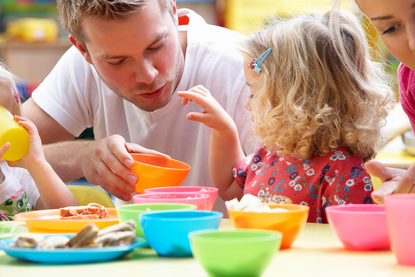 Картинки играющих детей с родителями, картинки надписью пожеланием
