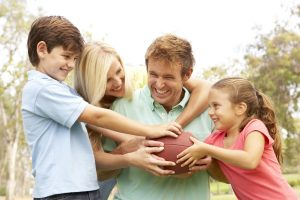 игры для старших дошкольников, активные игры с радителями, картинка