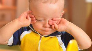 признаки утомления ребенка, картинка