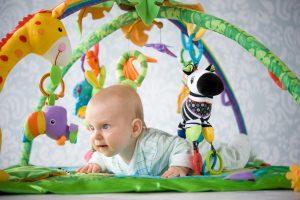 игры с ребенком в 3 месяца, картинка