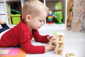 как научить ребенка буквам, картинка