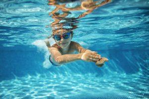 польза плавания, картинка