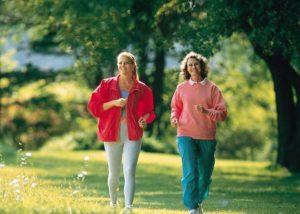 польза ходьбы пешком, картинка