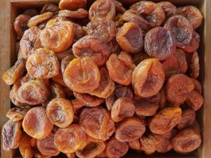 польза абрикосов, курага, картинка