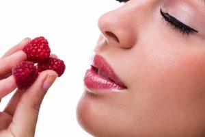 польза малины для здоровья организма женщины, картинка