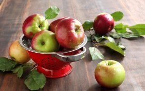 полезные свойства яблока для организма, картинка